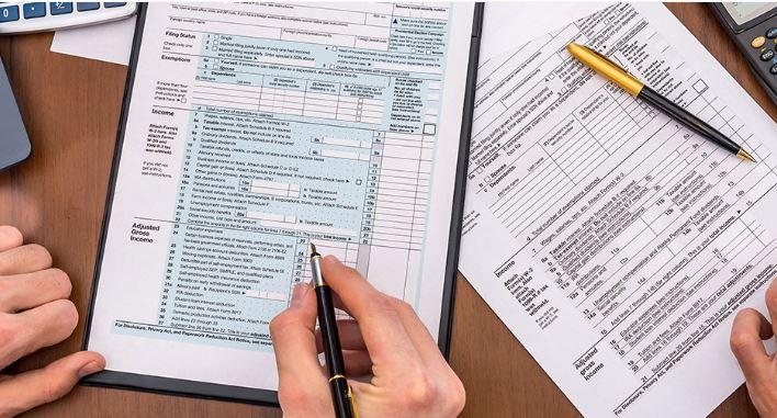 LA Tax Advisor Portfolio