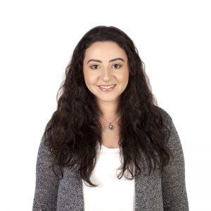 Nihal-Benkirane-social-media-content-producer